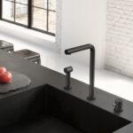 mat zwarte keukenkraan met rechte uitloop it de Cobber serie